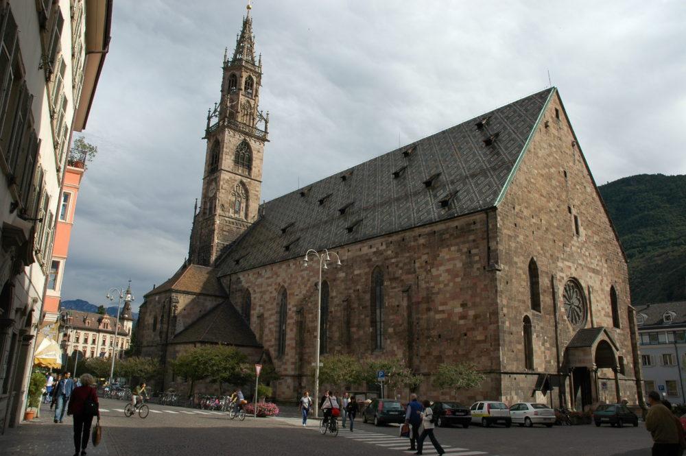 ボルツァーノドゥオーモ大聖堂トレンティーノ・アルトアディジェ州ボルツァーノ県。