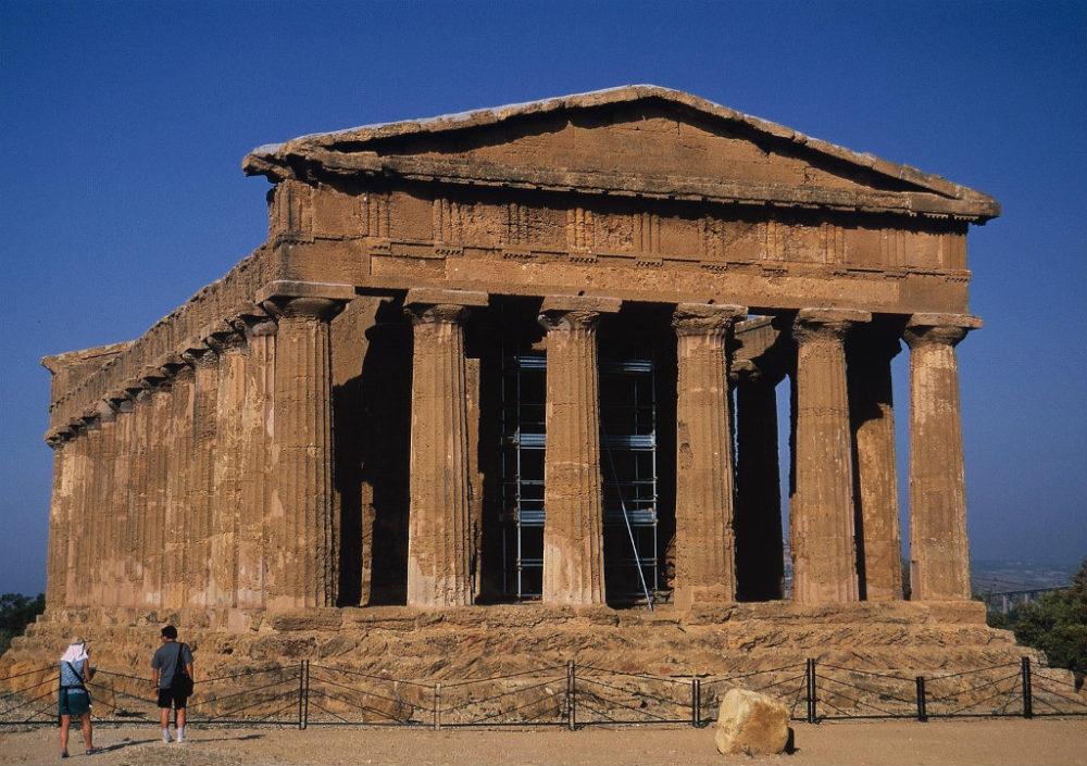 イタリアシチリア島、アグリジェント、神殿の谷、コンコルディア神殿