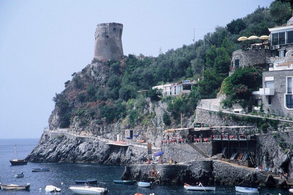 南イタリア、サレルノ県、プライアーノは