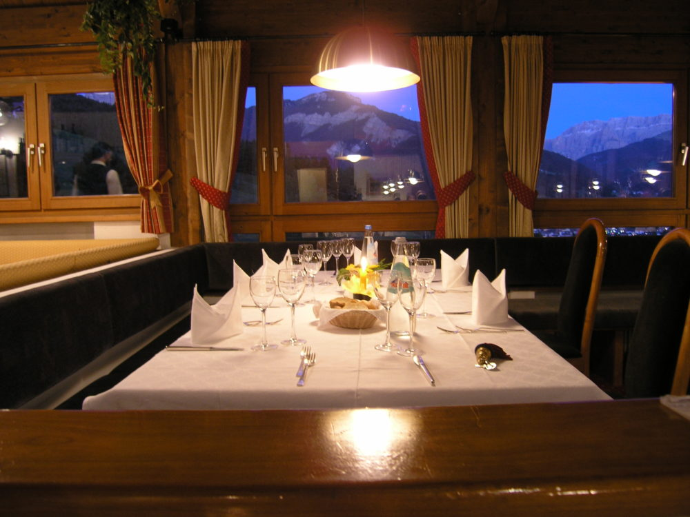 イタリア、ドロミテ、食事だって手抜きなしフルコース