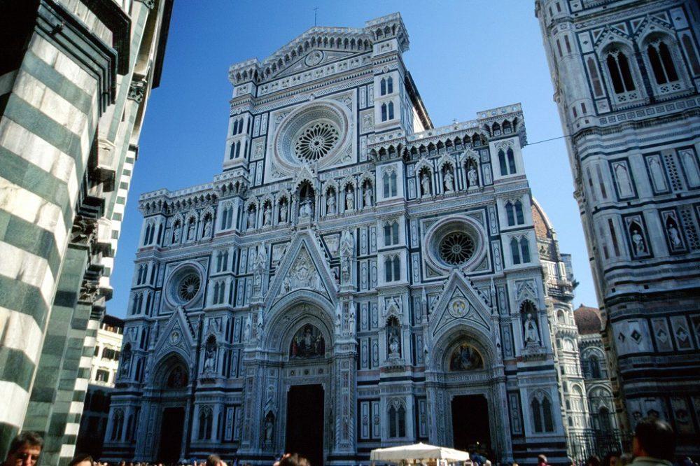 イタリア世界遺産、フィレンツェ、サンタマリアデルフィオーレ大聖堂ファッサード