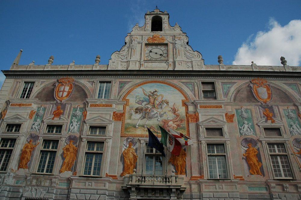 サンジョルジョ銀行のあったサンジョルジョ館、ジェノヴァ旧港周辺ゴシック様式の建造物。イタリア世界遺産。ジェノヴァ。