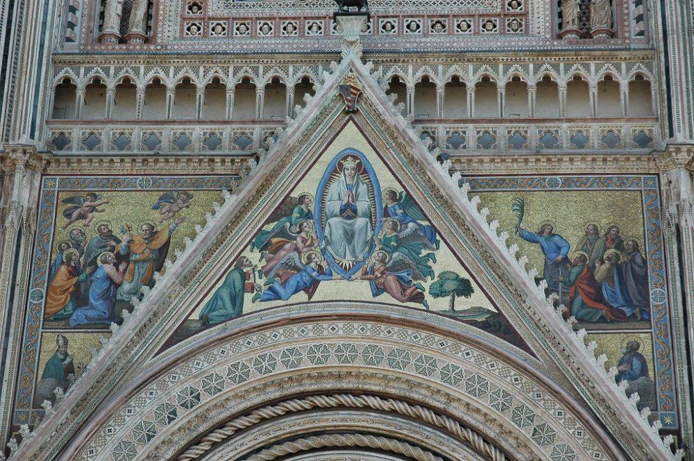 イタリア、ウンブリア州、オルヴィエート大聖堂ファッサード壁画