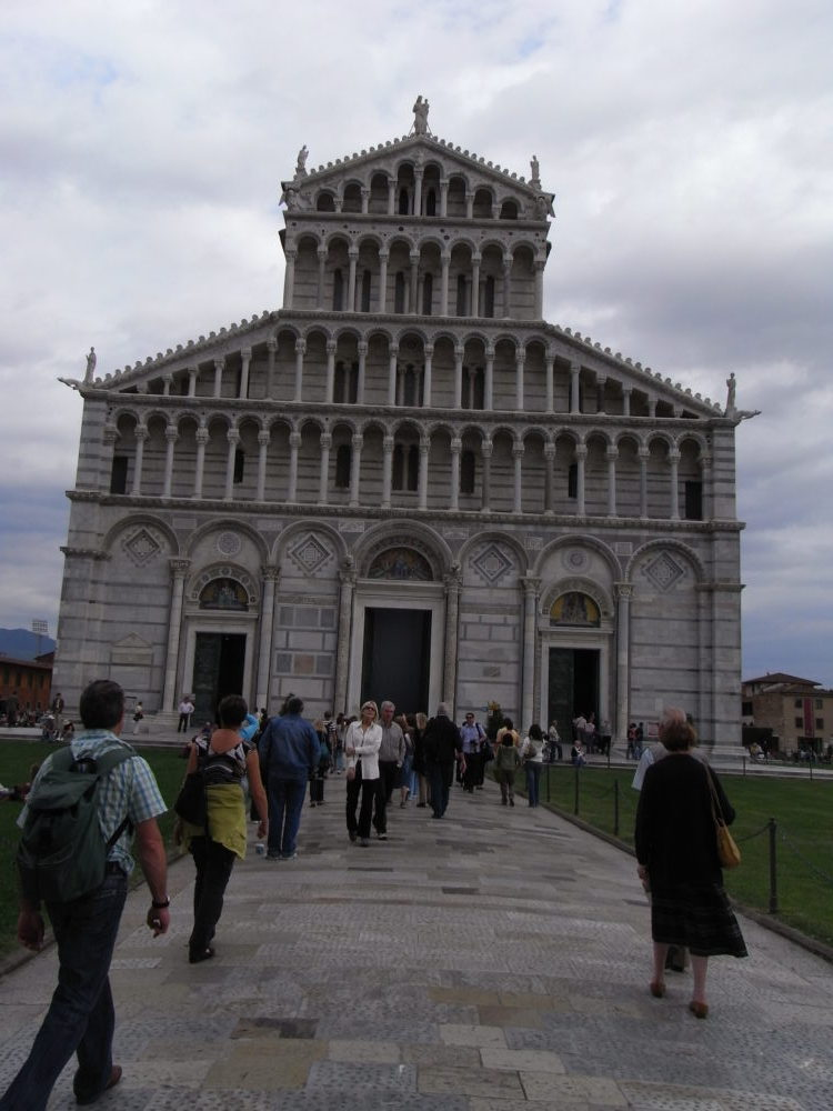 イタリア世界遺産、ピサの大聖堂ファッサード。2008年撮影