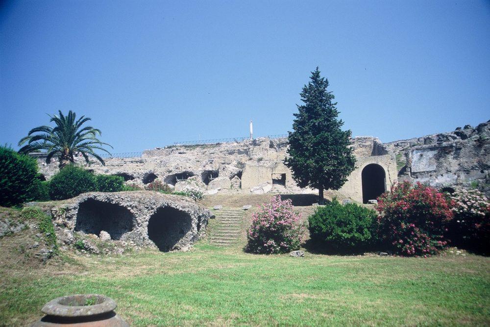 ポンペイ。南イタリア世界遺産、ヴェスーヴィオ火山の噴火で埋もれた町。