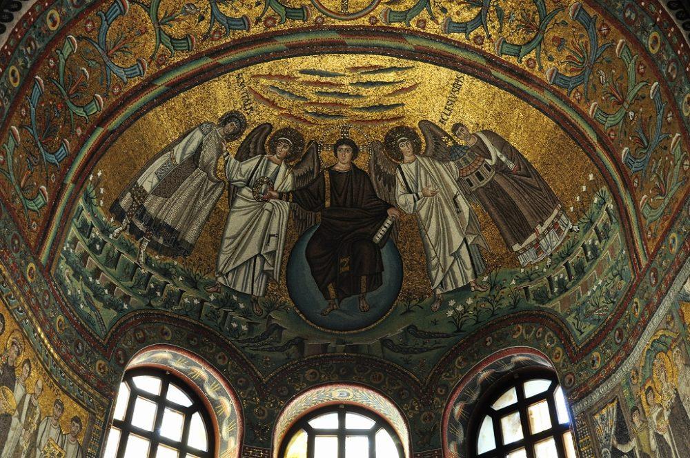 ラヴェンナ、サン・ヴィターレ聖堂の後陣、クーポラのモザイク画、エミリア・ロマーニャ州